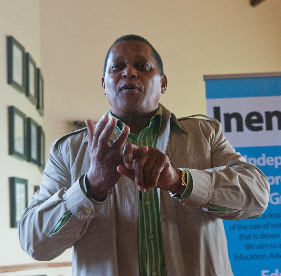 Temba Nolutshungu, speaking at an Entrepreneurs in Public Policy event