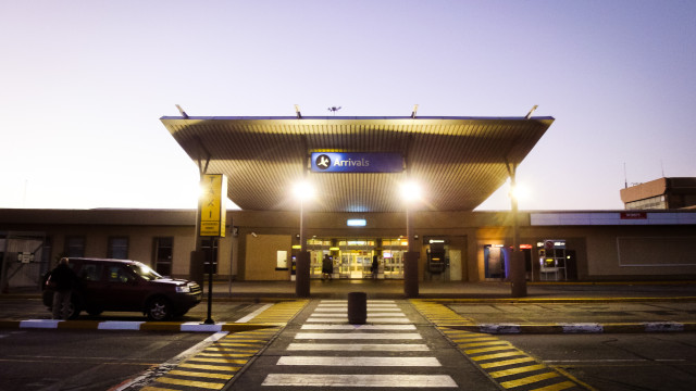 a photo port elizabeth airport