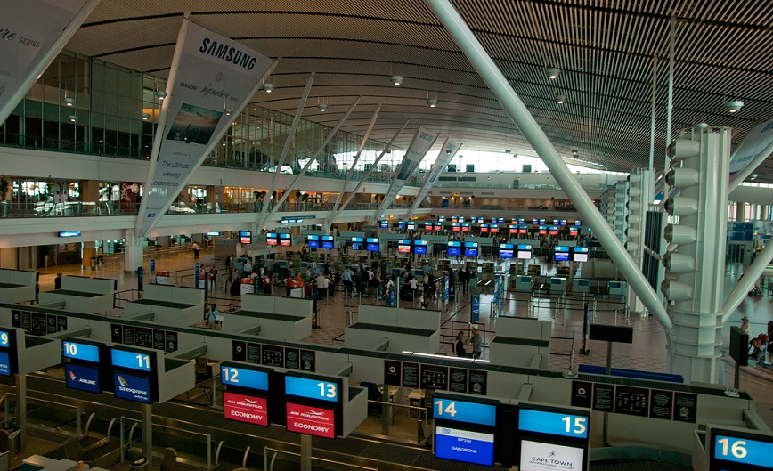 A photo of the interior of Cape Town International Airport